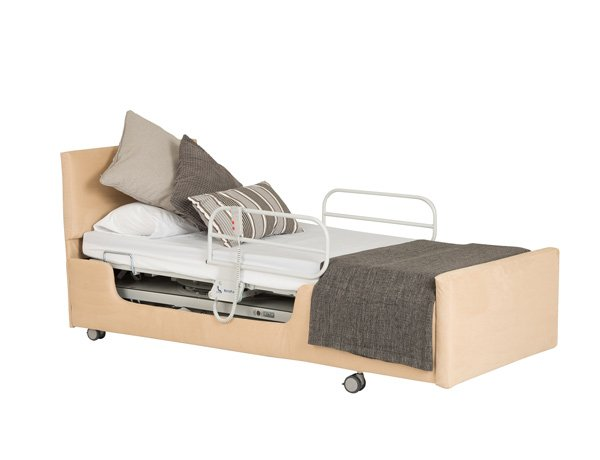 Rotating bed with rising heel section
