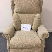 Beige Single Motor TIS Riser Recliner Chair