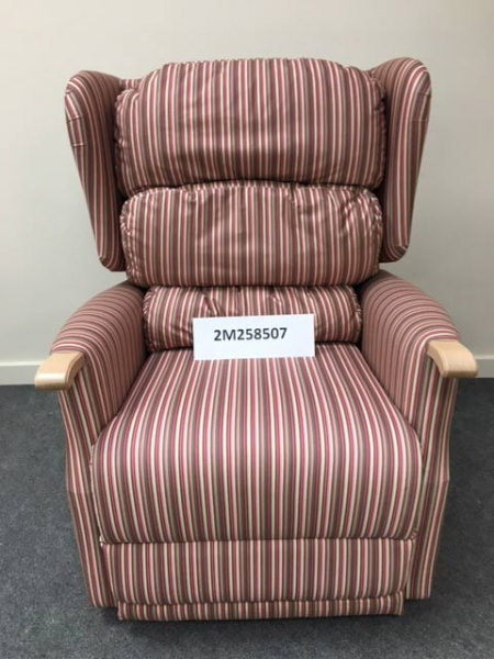 Recliner - Waterfall - Panaz Damson Oatmeal 488